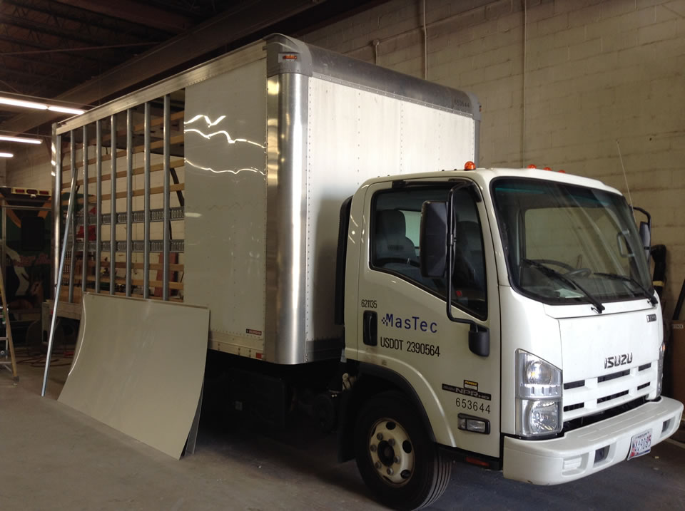 Advanced Collission, LLC Mastec truck